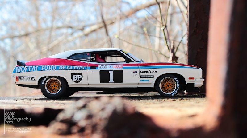 1977 Ford XC Falcon Hardtop 1977 Bathurs winner (1)