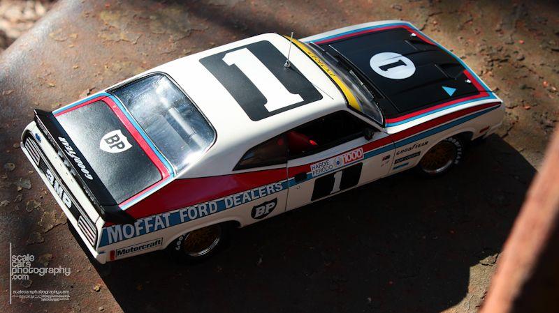 1977 Ford XC Falcon Hardtop 1977 Bathurs winner (2)