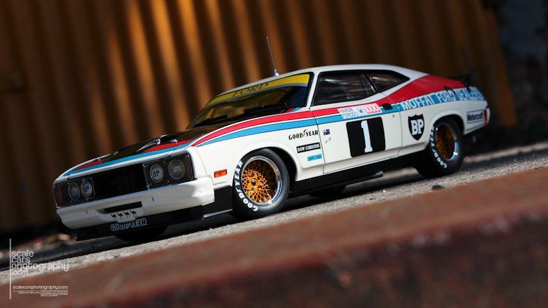 1977 Ford XC Falcon Hardtop 1977 Bathurs winner (3)