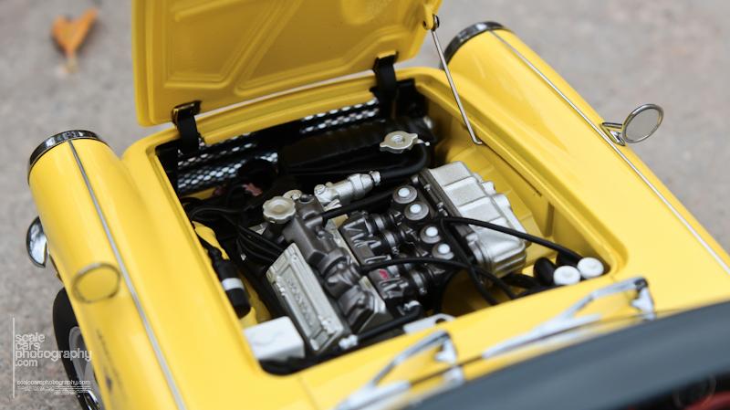 Honda S 800 AutoArt (38)