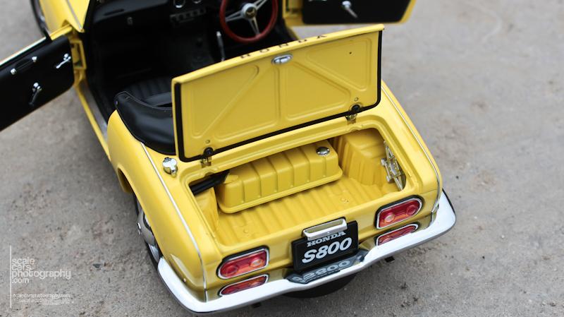 Honda S 800 AutoArt (48)