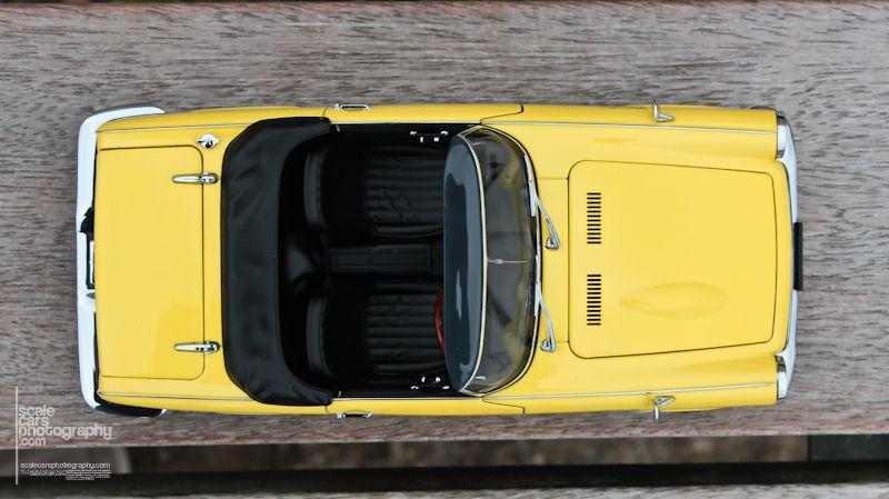 Honda S 800 AutoArt (30)