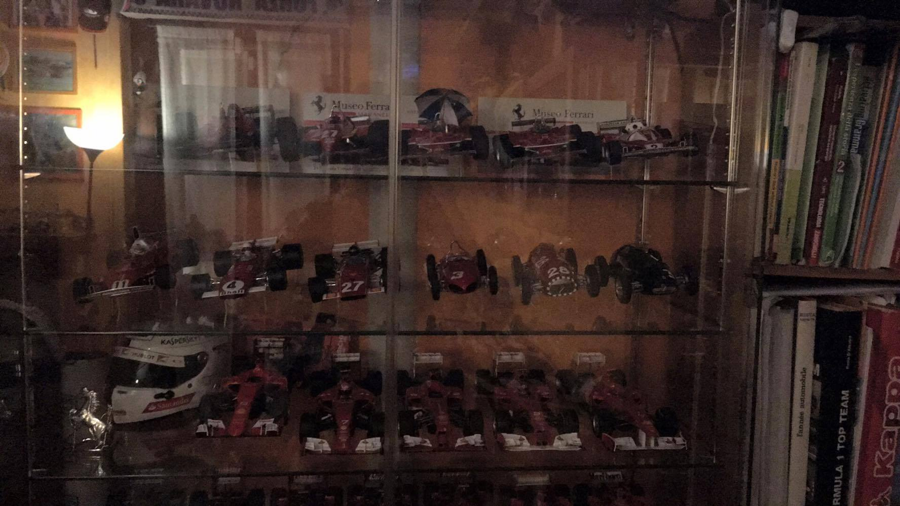 f1-models-display-2