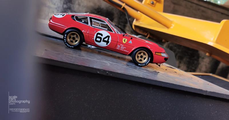Ferrari 365 GTB 4 Kyosho (13)