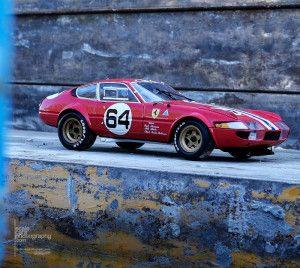 Ferrari 365 GTB 4 Kyosho (11)