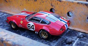 Ferrari 365 GTB 4 Kyosho (20)